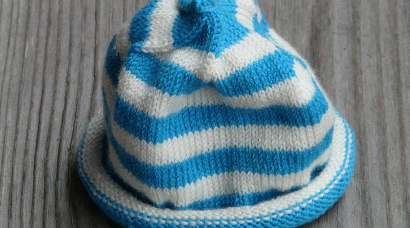 Čepice a trendy z přehlídkových mol