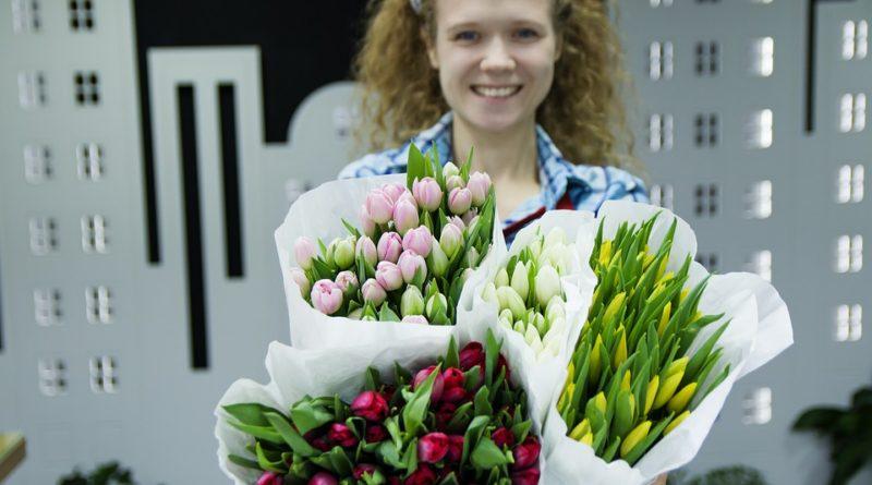 Kupujeme si řezané květiny. Průvodce, jak je zařezávat