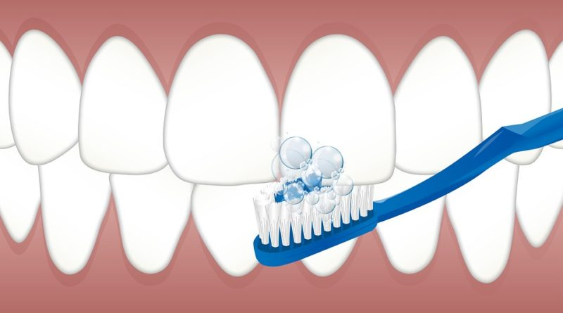 Jak si doma vybělit zuby? Je to jednodušší, než jste si mysleli