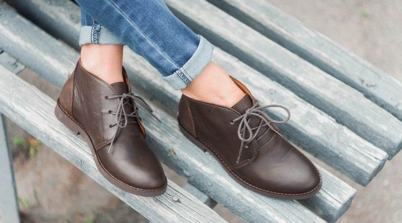 Boty, které na podzim nosí všichni. Máte je i vy?